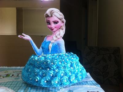 Bolo da Frozen - (Elsa) - com Rosas De  Chantilly - Culinária em Casa