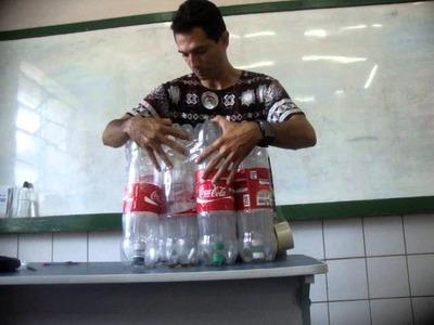 Professor William Mendes: Produção de puff com garrafa pet.
