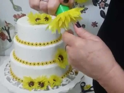 Aula 27 - Mesa Amarela(3.3) Como fazer forminhas de doce em papel de seda (Margarida) - Artesanato