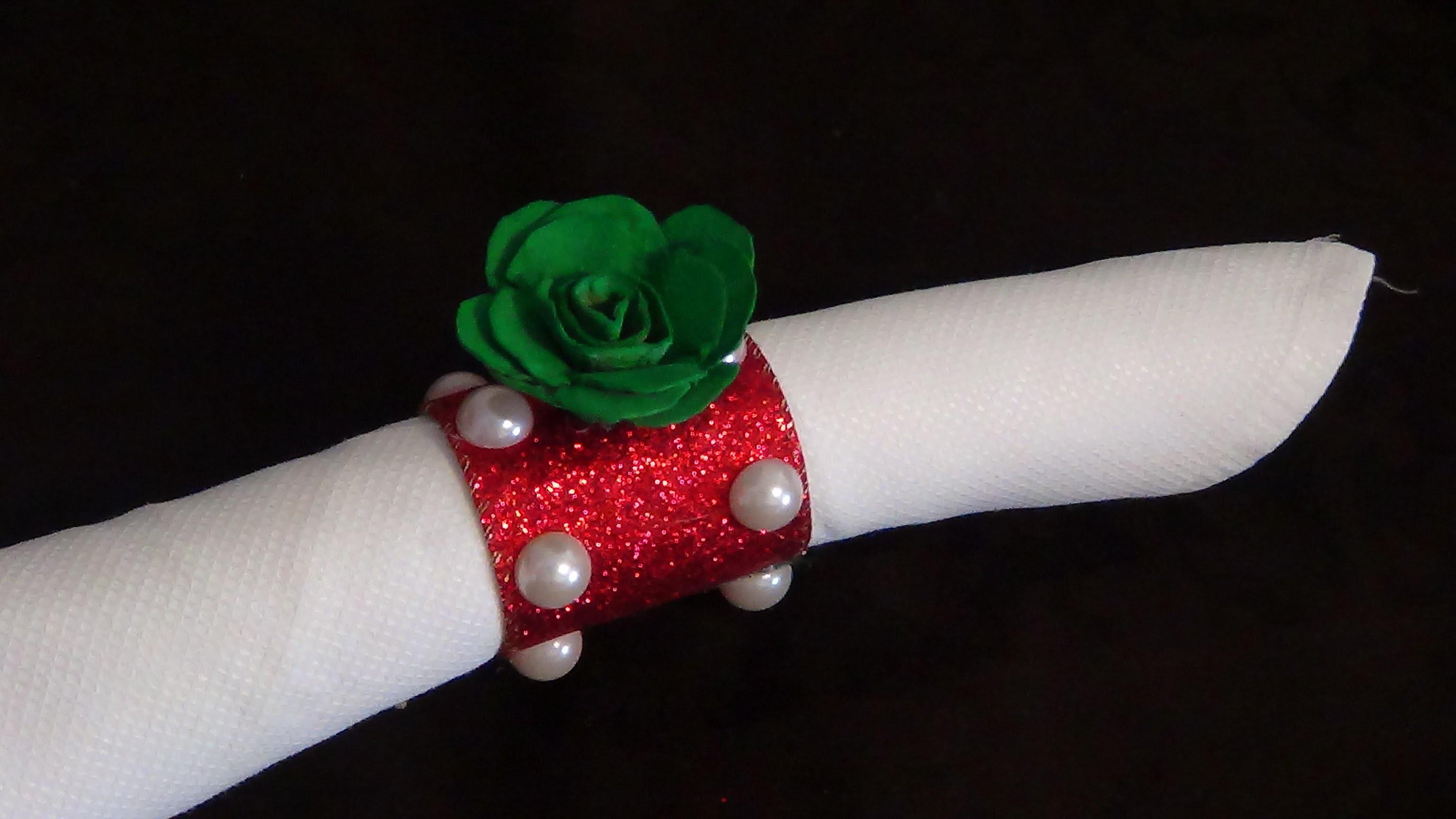 DIY Saiba como fazer um porta guardanapos de natal  com flor de caixa de e rolo de papel  # 33