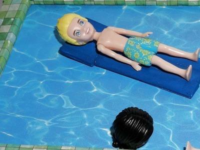 Como fazer boia de piscina em miniatura para boneca Barbie e outras