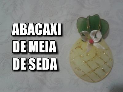 Abacaxi de meia de seda