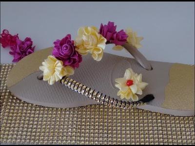 Chinelo com stras e flor d cianinha