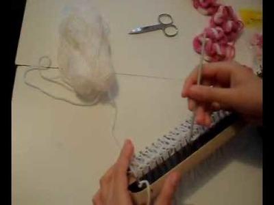Cachecol no tear de pregos com franjas - 02 por Aninha Carolis
