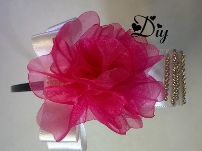 Tiara com laço de fita com flor de fita de organza \ Tiara ribbon with organza ribbon flower