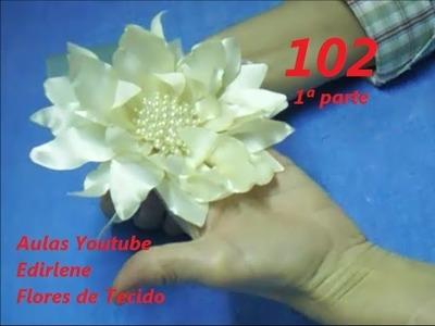 AULA 102: FLOR DE CETIM COM CENTRO DE PÉROLAS PARA TIARA
