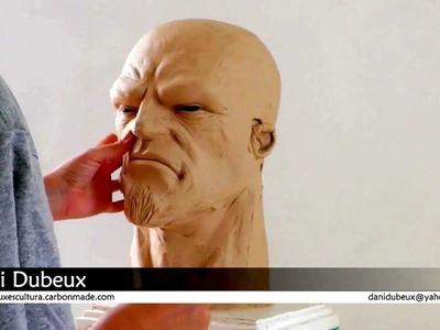 Escultura modelada em Plastilina (Orc e Hellboy)