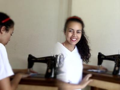 Colocando motor em máquina de costura doméstica por Alana Santos Blogger