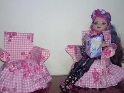 POLTRONA PARA BONECAS DE GARRAFA PET- BARBIE- EVER AFTER- MONSTER HIGH