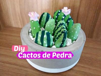 DIY: Decoração Super Fácil | Cactos de Pedra. Por Carla Oliveira