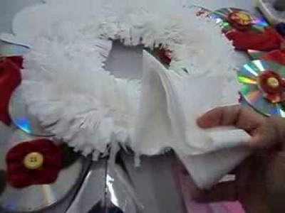 Artes natalinas com material reciclado.