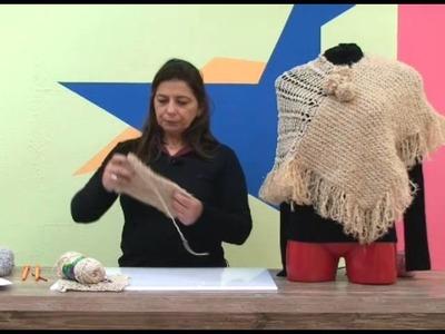 Mini poncho flor de maio em trico com Cisne Flur + Cisne Lori