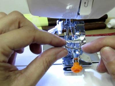 Como colocar pe de franzir em maquina de costura