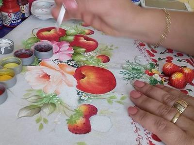 Pintura em tecido. Aprenda pintar maçãs, morangos e folhas.