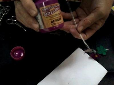 Vaso de Violetas em garrafa PET
