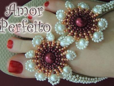 Chinelo decorado: Flor de pérolas