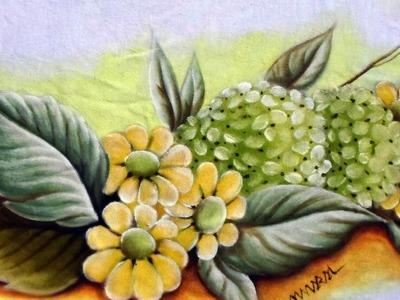 Hortênsias e Margaridas -  Pintura em Tecido