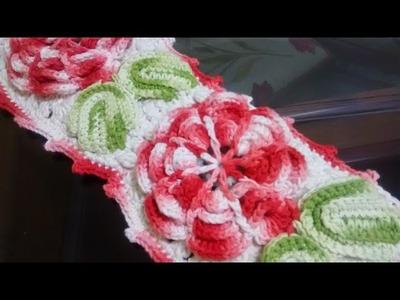 Como executar o porta papel higiênico do jogo de banheiro em crochê com flores