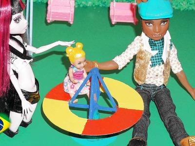 Como fazer parquinho (gira-gira) para boneca Monster High, Barbie, EAH, etc