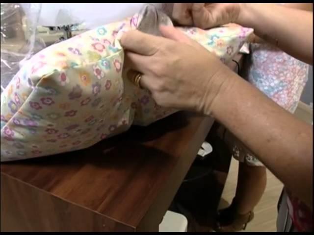 Mulher.com 10.10.2012 Maura Castro - Travesseiro elefante 02
