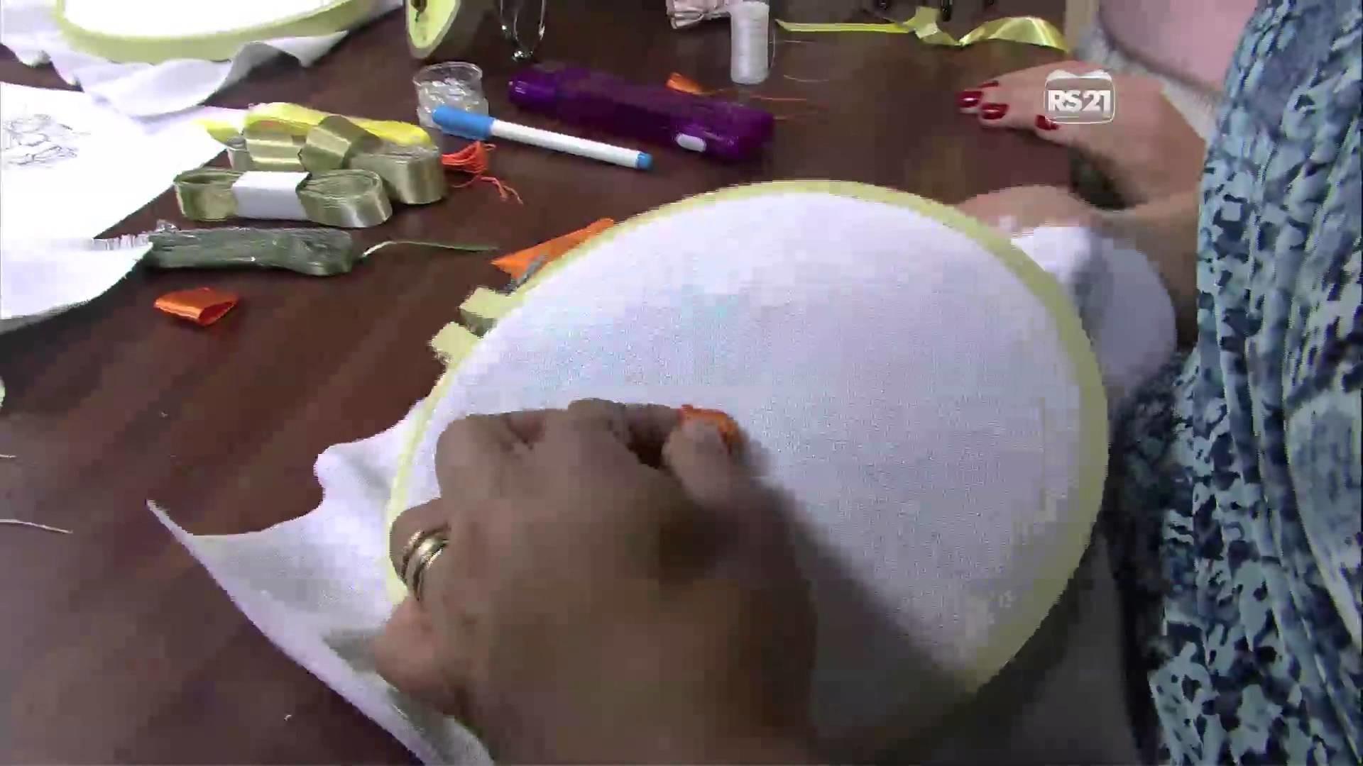 Mulher.com 19.02.2013 Valéria Soares - Orquídea bordado em fitas  parte 1