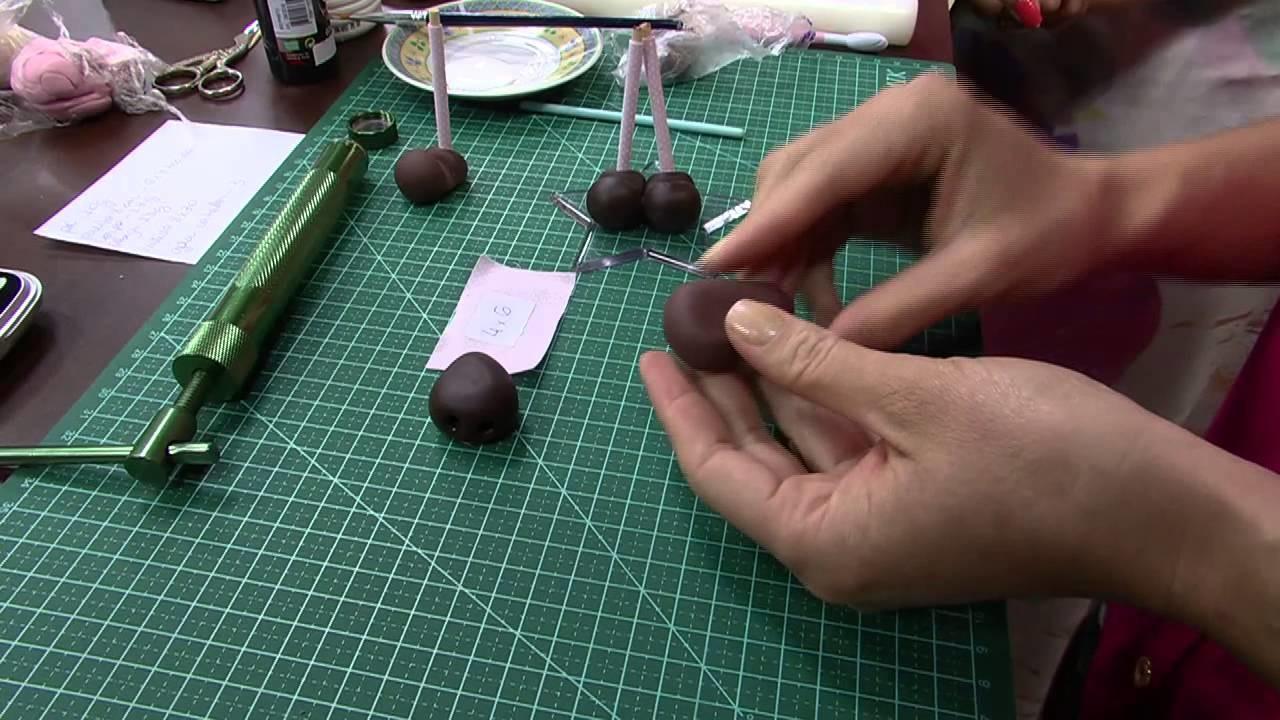 Mulher.com 27.10.2014 - Boneca Clarinha Biscuit por Bete Alcantara - Parte 1