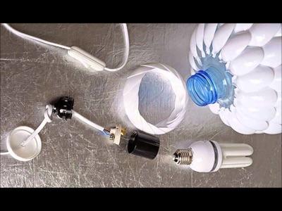 Luminária feita com colheres de plástico e galão de água