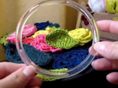 CROCHE - Porta CD.DVD Floral (Case)