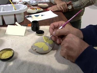 Mulher.com 06.06.2013 Mauricio Moraes - Pintura na pedra borboleta Parte 1.2