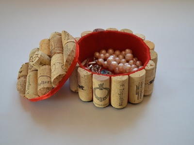 Como hacer un joyero con tapones de corcho - How to make a jewelry box with corks