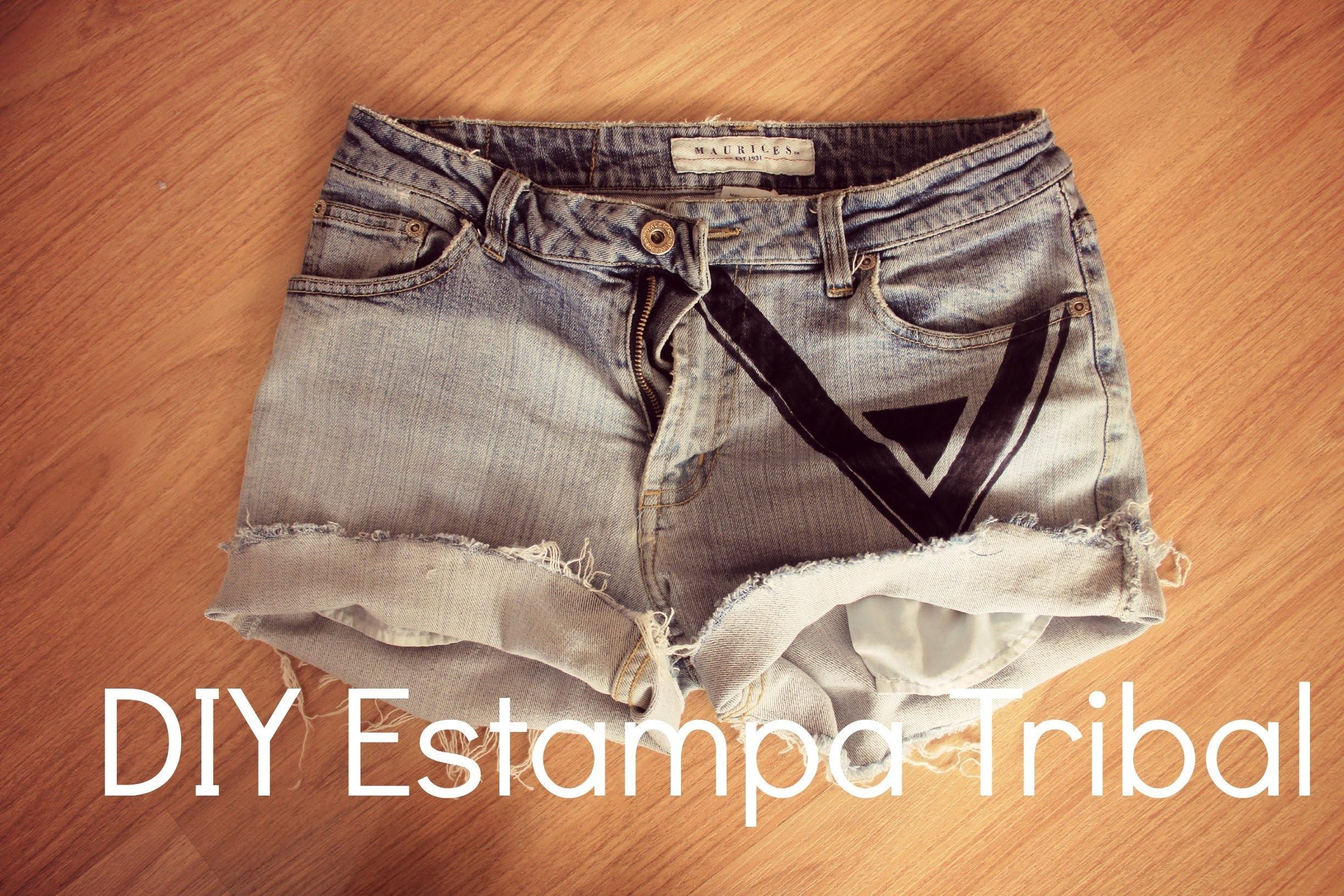 DIY shorts jeans com estampa tribal (tutorial)