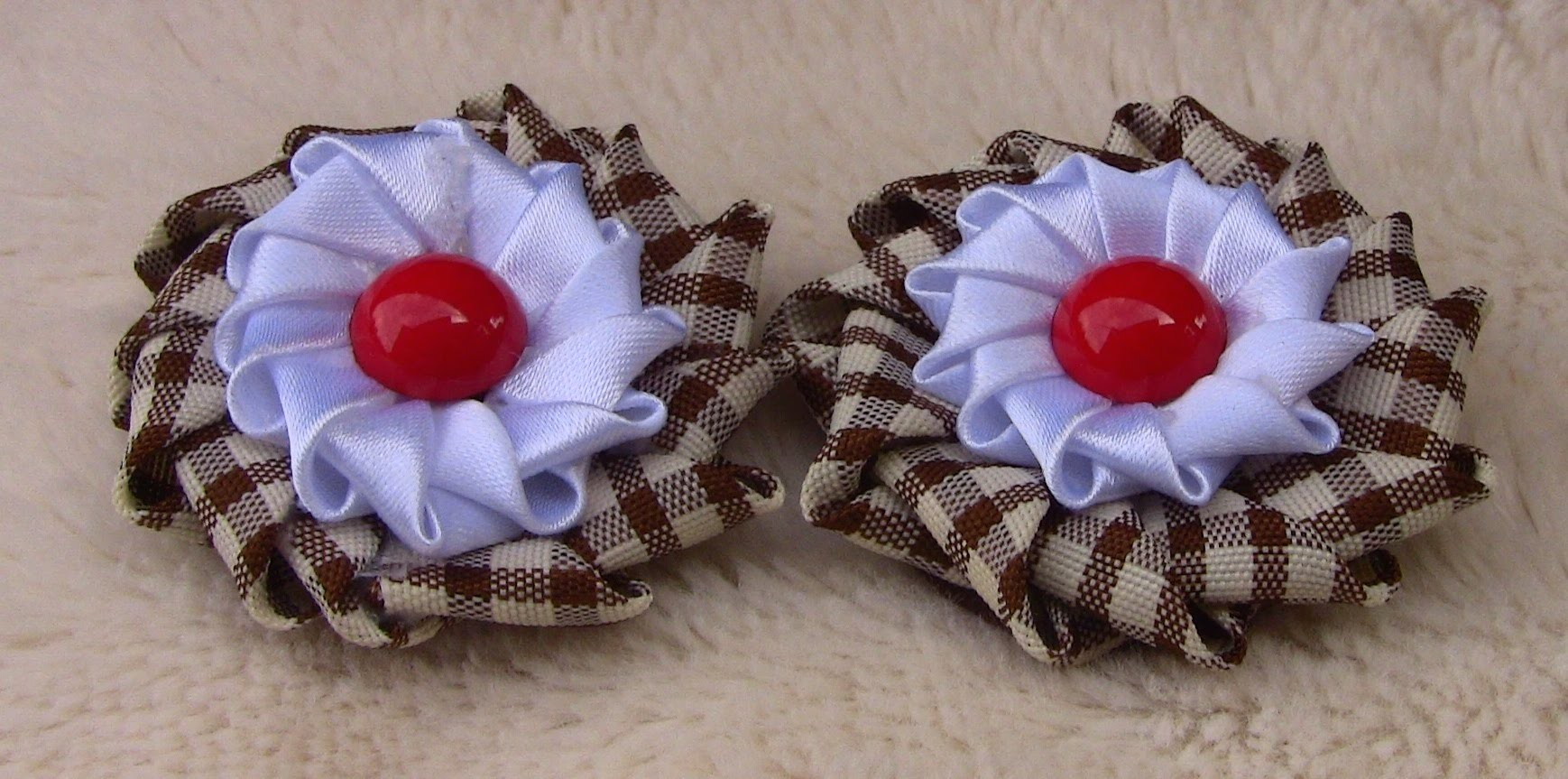 Flor em Fitas  com duas camadas -Ribbon Flower-diy