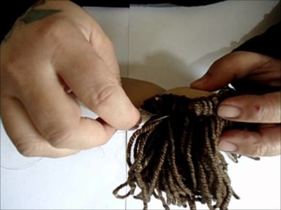 Maneiras de fazer cabelos para bonecas 2