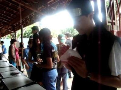 Lima Anime Fest - 2010 Como fazer um Origami - Tsuru (bate asas)