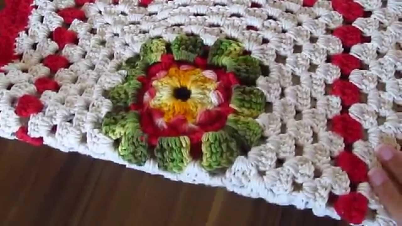 Lindo Trilho de Mesa de Crochê para o Natal