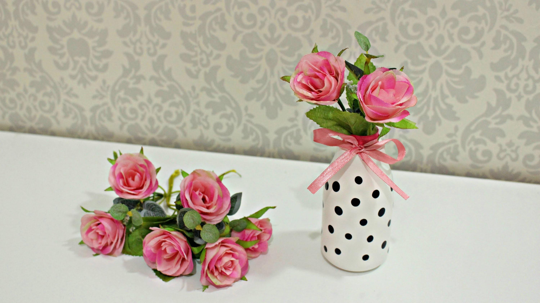 DIY.Faça você mesmo: Vasinho decorativo com flores ♥