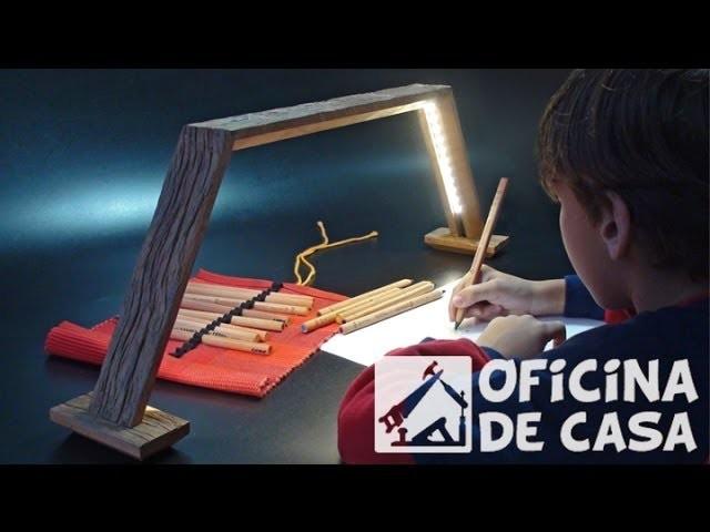 Luminária de mesa com fita de led
