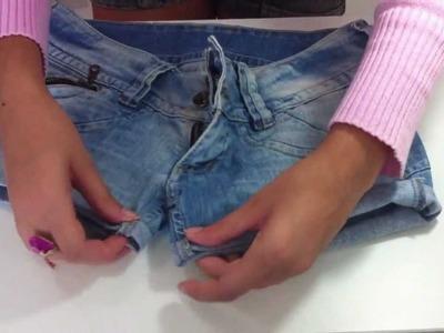 DIY: Transforme sua calça jeans velha em um shorts jeans novo - Sisters Lellis