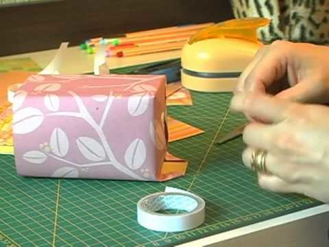 Artesanato: Aprenda a fazer um porta lápis com técnicas de Scrapbook