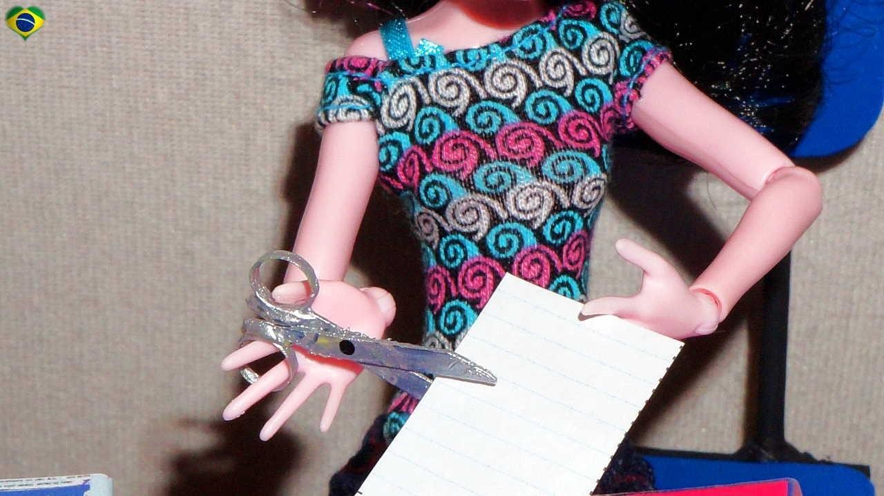 Como fazer tesoura para boneca Monster High, Barbie, MLP, EAH, etc