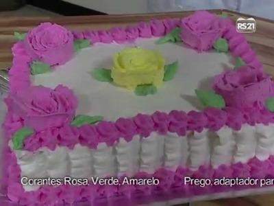 Receitas Bom Sabor 25.03.2013 Emilia Yashiki Capua - Confeitando bolos com chantily