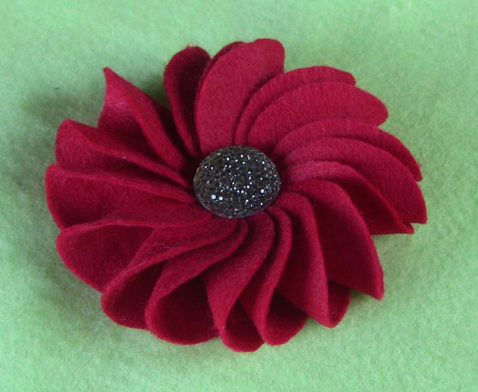 D.I.Y. Flor de  FELTRO  e circulos Passo a Passo- fabric flowers- tutorial