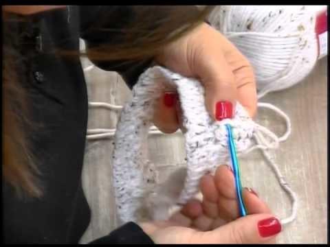 Gorro Iara em croche com cisne acalanto gravado por Luautv em 26.08.15