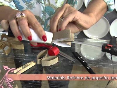Faça uma linda moldura de espelho com rolinhos de papelão!