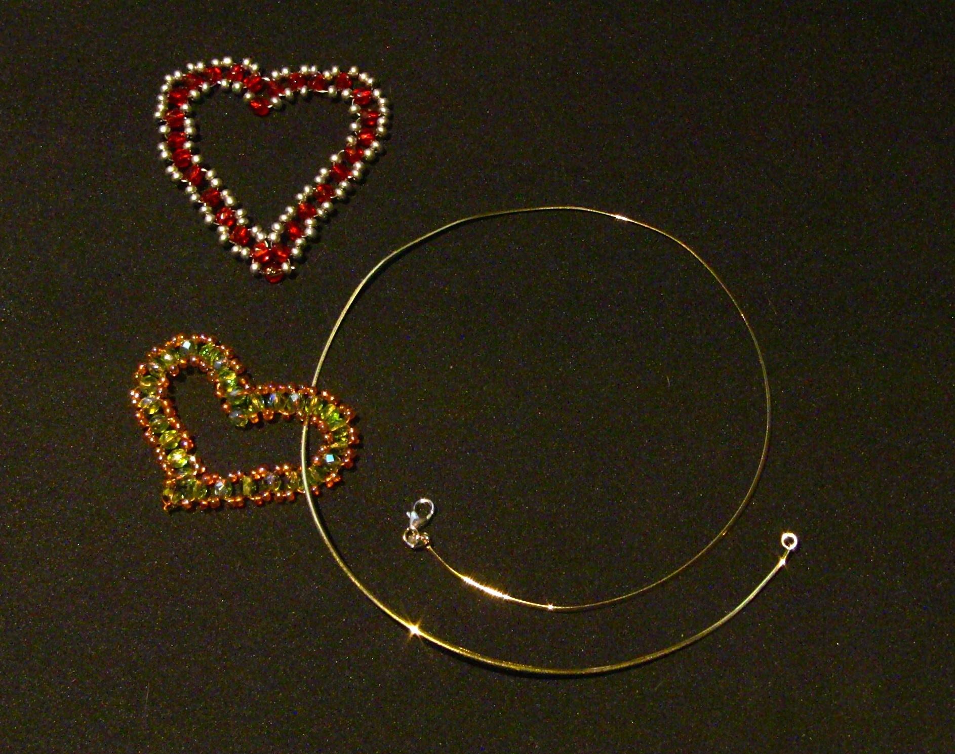 D.I.Y.  Coraçao de miçangas - CRYSTAL HEART PENDANT -tutorial