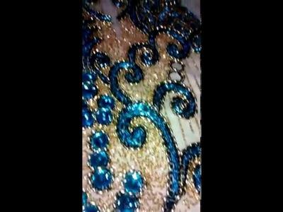 Vestido bordado com canutilho