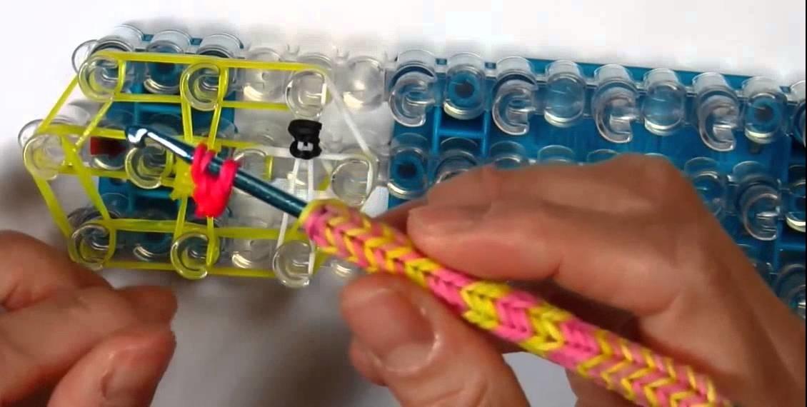 Pulseiras de Elastico: Flappy Bird | Como fazer Pulseiras com elasticos | Rainbow Loom Bands Charms