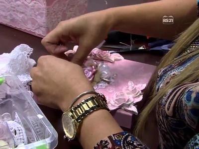 CAIXA ROSA ESTILO SHABBY CHIC PT2 Mulher com 02 04 2015   CAMILA CLARO