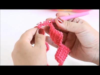 Ponto tunisiano entrelaçado com agulha de crochê