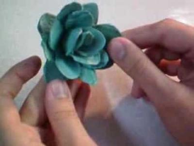 Rosa de Caixa de Ovo - Passo a Passo